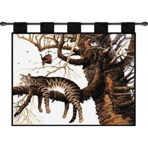 Гобелен Кошка на дереве